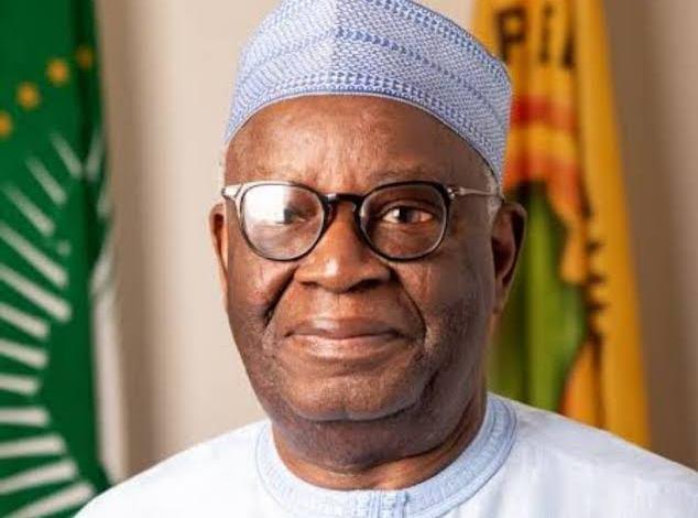 Breaking News: Buhari Appoints Prof Ibrahim Gambari As New Chief of Staff