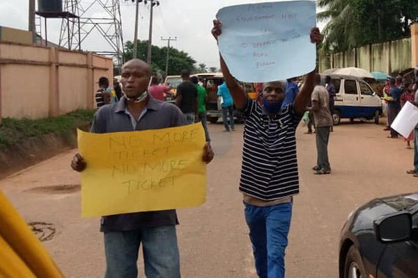Just in: Bus drivers protests in Anambra
