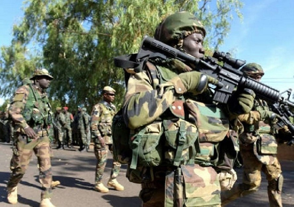 10 Nigerian soldiers killed in fresh ambush – Report