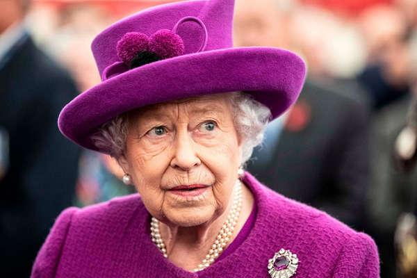 Nigeria @ 60: Queen Elizabeth of England congratulate Buhari
