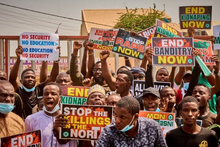Hoodlums attack #EndInSecurityNow protesters in Kano, injure over 40