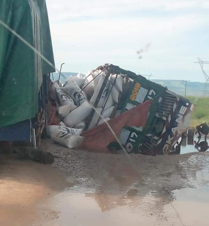 Trailer skipped -off, killed 5, 30 others injured in Adamawa