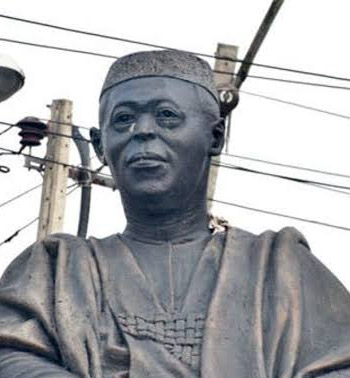 Looting: Hoodlums steal Awo's glasses from statue in Lagos