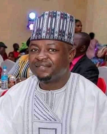 Bathiya: Adamawa Lawmaker commissions 500 capacity exam's Hall, empowers 400  constituents with SME capital, 8 cars, others