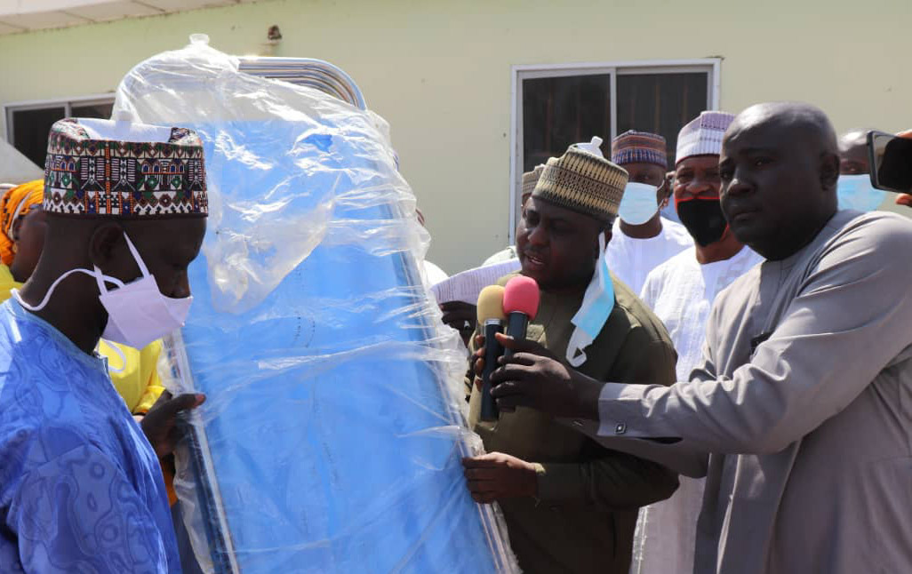 Reps Namdas shares 50m worth Hospital Equipments to Six Hospitals in his constituency