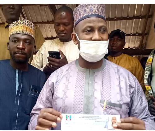 Hamisu, Adamawa APC stalwart revalidates party membership amidst cheering crowd