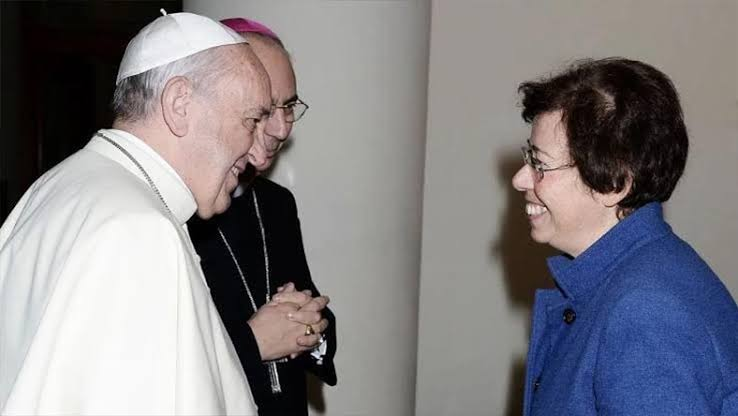 Pope appoints first woman in senior bishop post