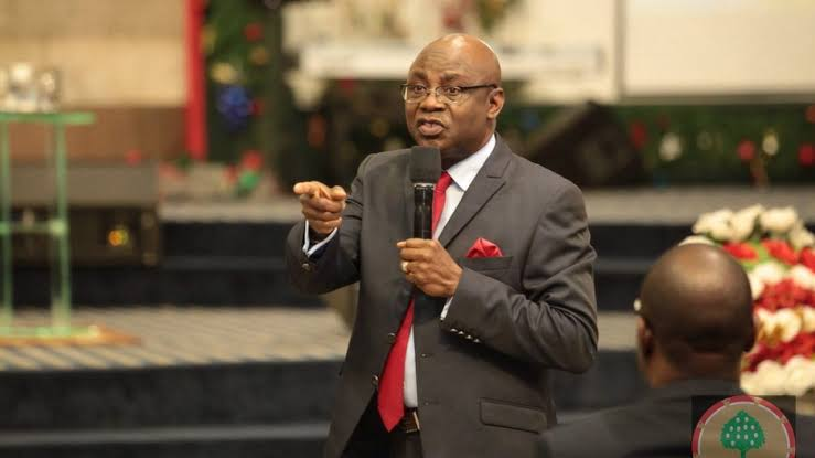 Pastor Bakare to Osinbajo: 'resign if you're not allowed to function'