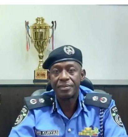 Police arrest scores of homosexuals in Anambra
