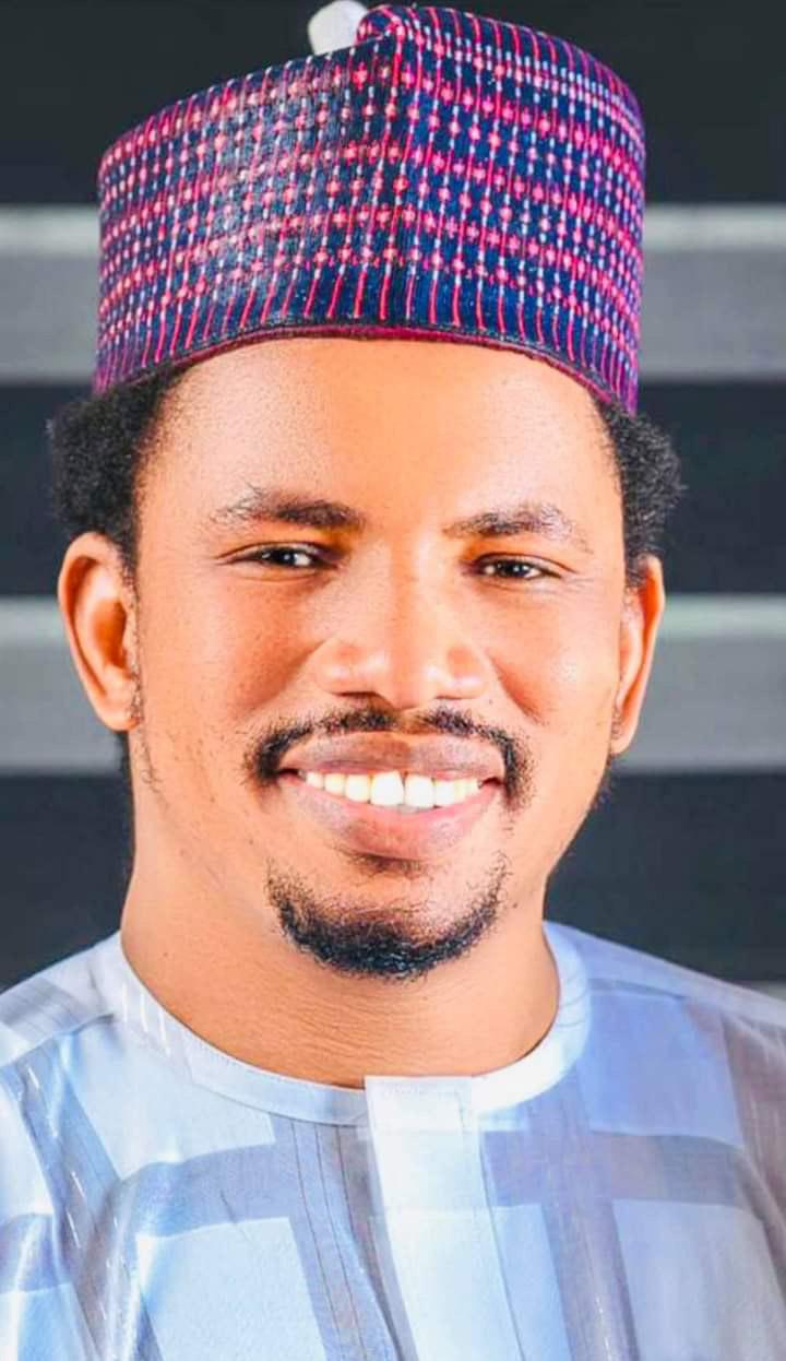 Adamawa Sen Abbo empowers 10 winners through a raffle draw to establish business