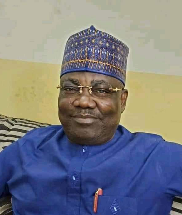 Insecurity: Nigerians tongue-lash Sen Bwacha over his comments supporting Buhari