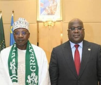 Ambassador Omar meets President Felix of Congo, presents a letter of credence