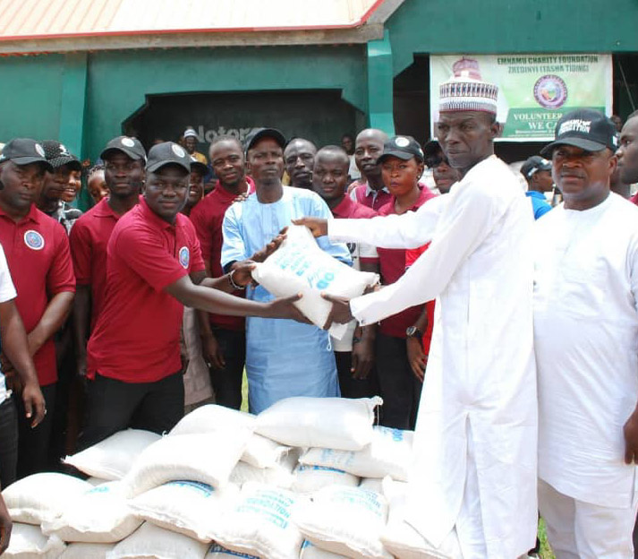 EMNAMU FOUNDATION: YOUNG BUSINESS TYCOON ASSISTS ADAMAWA LESS PRIVILEGED WITH RELIEF MATERIALS