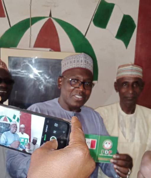 Celebrations as Umar formally denounces APC, rejoin PDP in his Adamawa Jada one ward